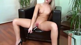 Tyro Girl (betta) Behave oneself With Sex Stuffs On Cam mov-14